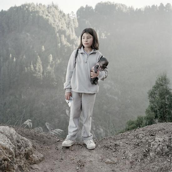 FLOW's Book du Jour: Alec Soth | Dog Days in Bogotá